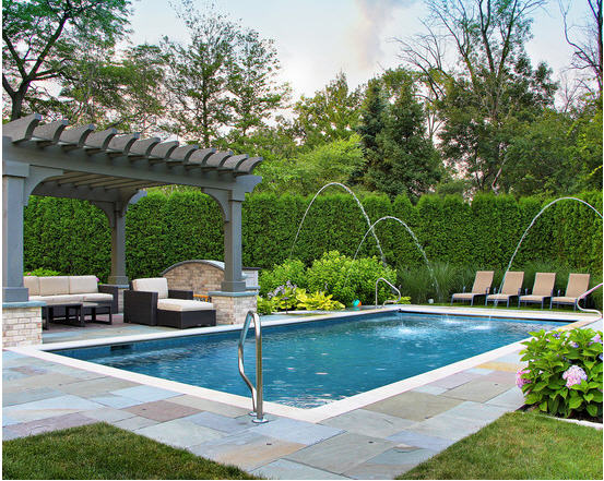 Beautiful Landscape Design of Pool Pergola to Enjoy with Sunbath