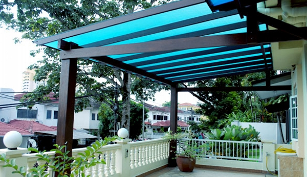 Cover Backyard Pergola with Glazing Sheets