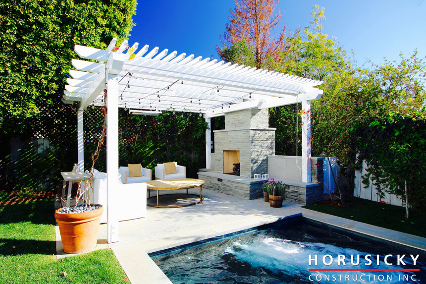Comfortable and Cozy Pool Pergola with Decent Furniture | Pergola ...