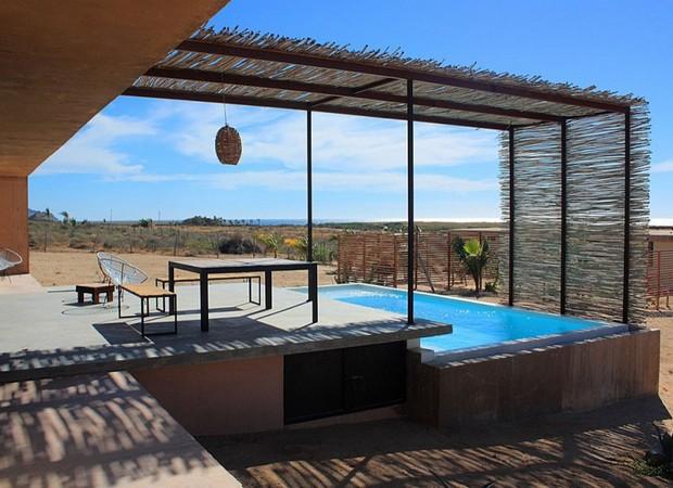Luxury Pergolas Over Pool 6