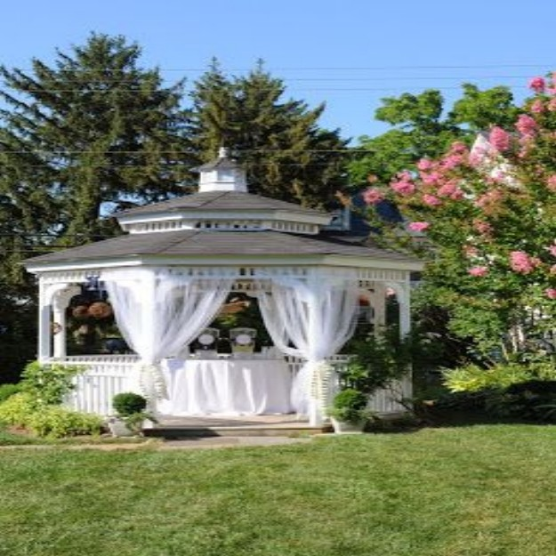 Gazebo Decor Ideas 3