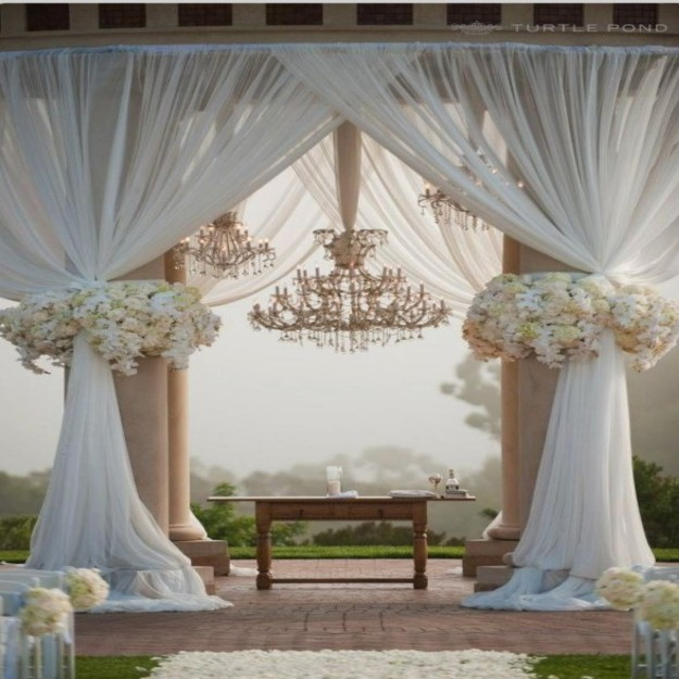 Gazebo Decor Ideas 4