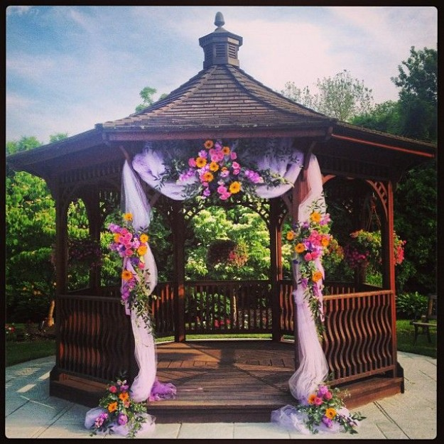 Gazebo Decor Ideas 7