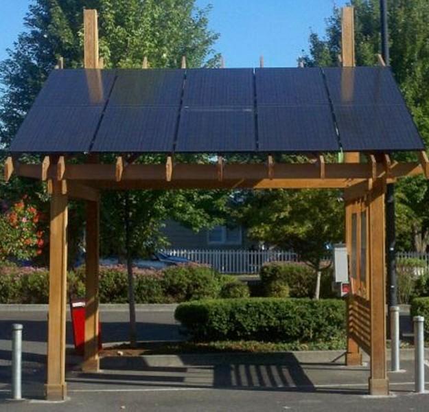 Outdoor Solar Powered Pergola 4