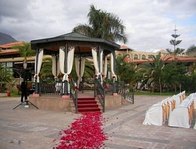 Pergola Wedding Designs 2