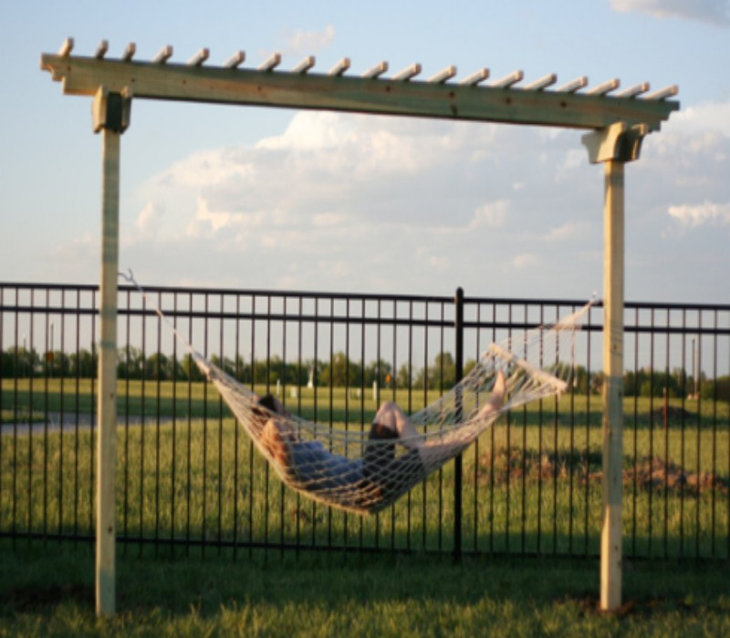 How To Make a Hammock Arbor 3