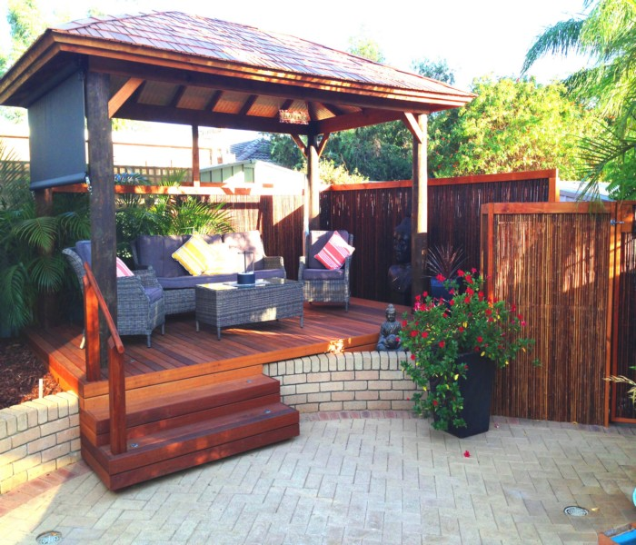 Multi Decks Gazebo Looks Wonderful and Elegant