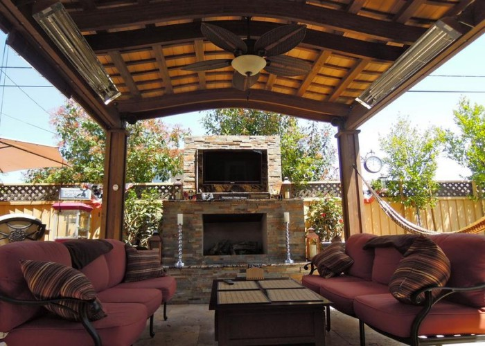 Outdoor Pergola Lounge 4