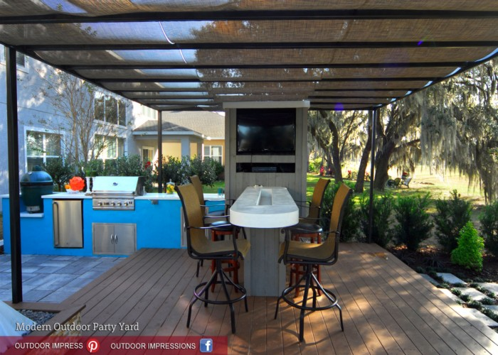 Outdoor Pergola Lounge
