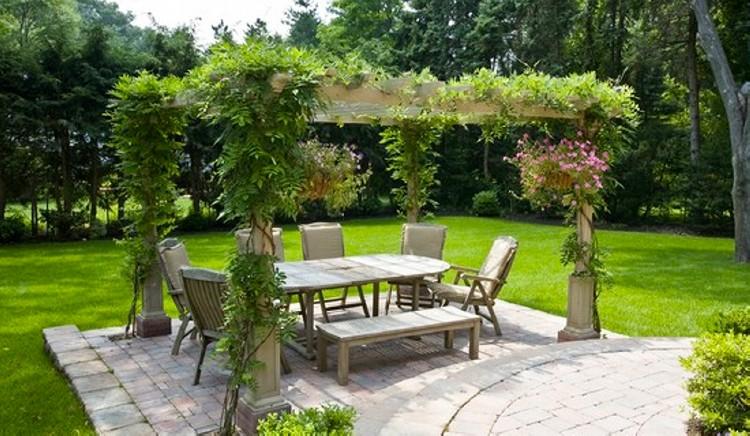 Garden Pergola Designs 16