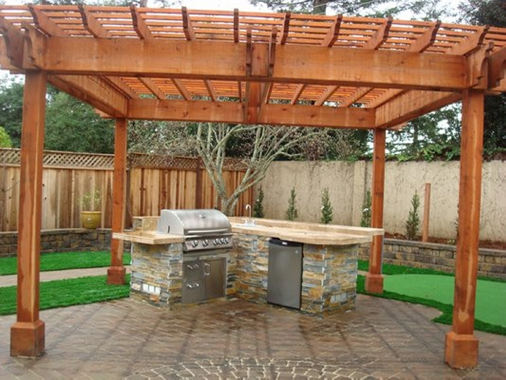 Pergola Accordingly 11