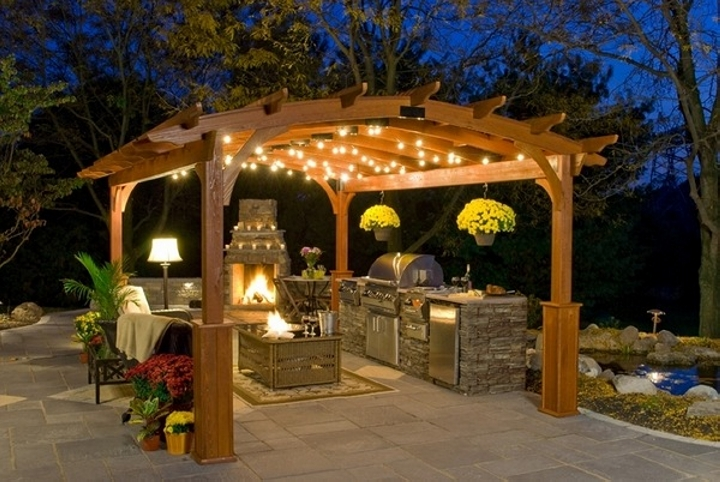 Pergola Accordingly 6