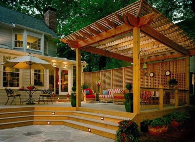 Building a Deck Pergola 2