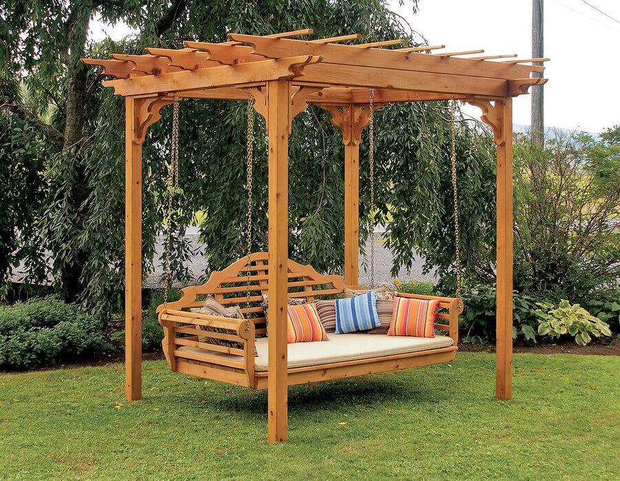Swing Pergola in Garden