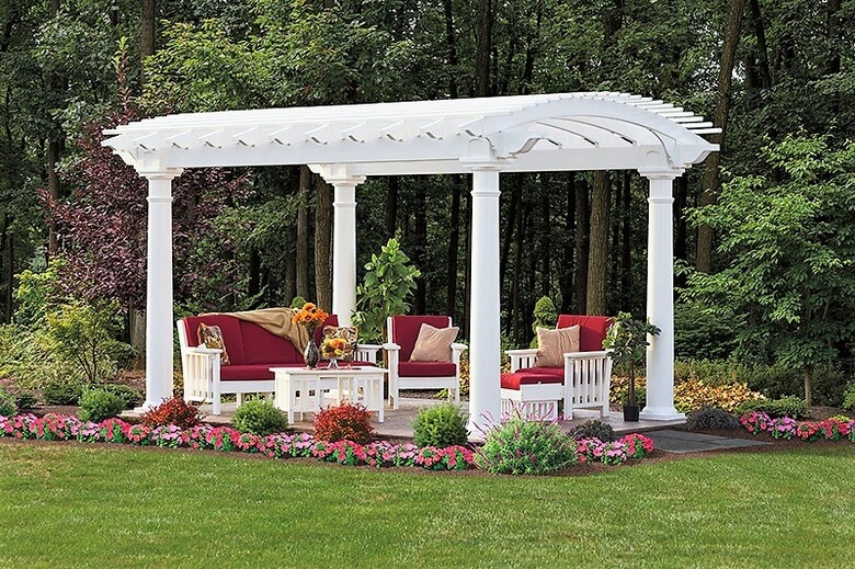 yard pergola projects