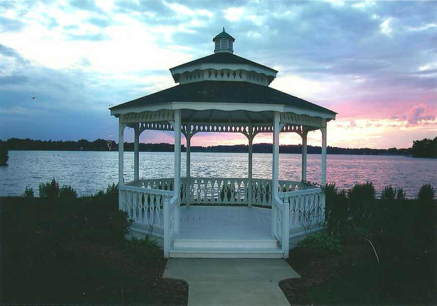 Lakeside Gazebo Design Ideas 7