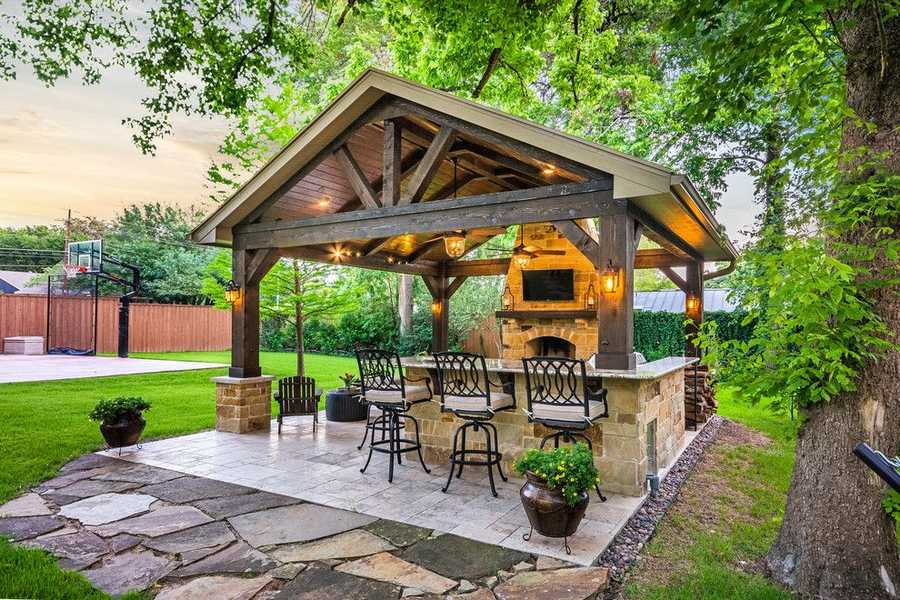 Fresh breathing outdoor patio design ideas pergola gazebos for Plans for gazebo with fireplace