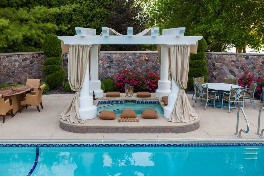 pool pergola design idea 13