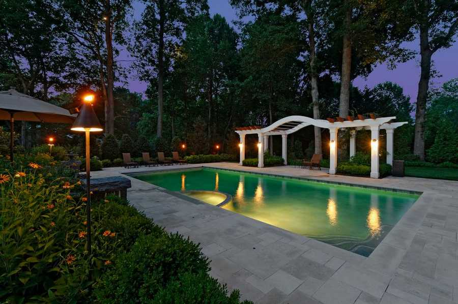 pool pergola design idea 23