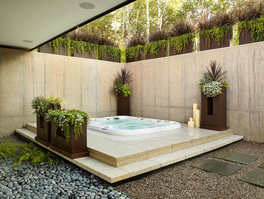 Luxury Outdoor Hot Tubs and Modern Spas (15)