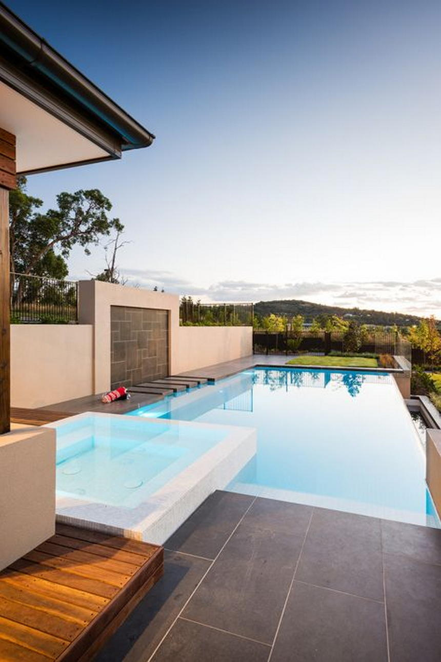 Luxury Outdoor Hot Tubs and Modern Spas (28)