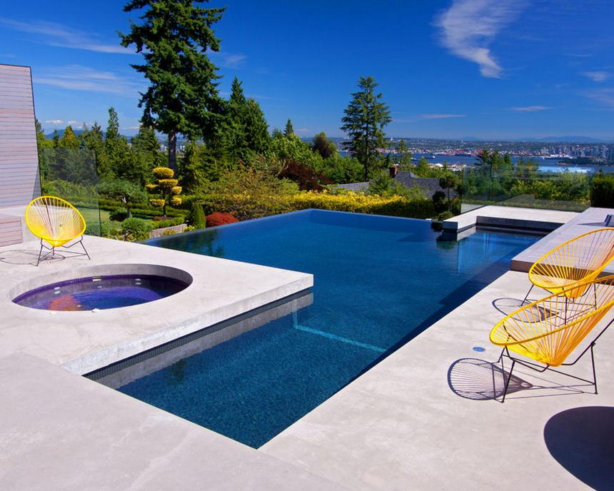 Luxury Outdoor Hot Tubs and Modern Spas (3)