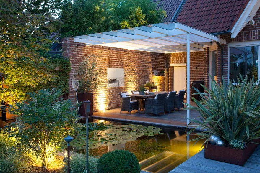 Outdoor Living Space (15)