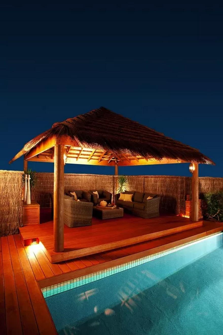 Outdoor Living Space (2)