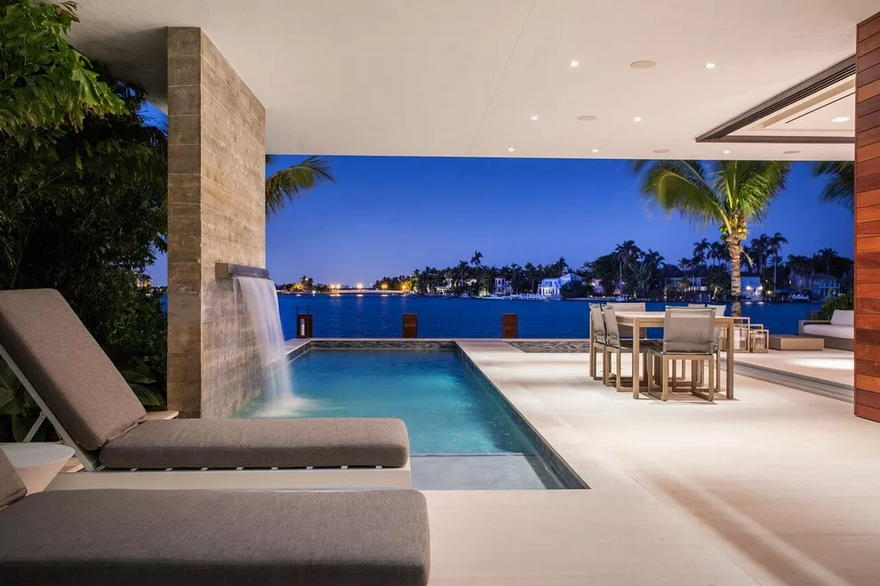 Outdoor Living Space (20)