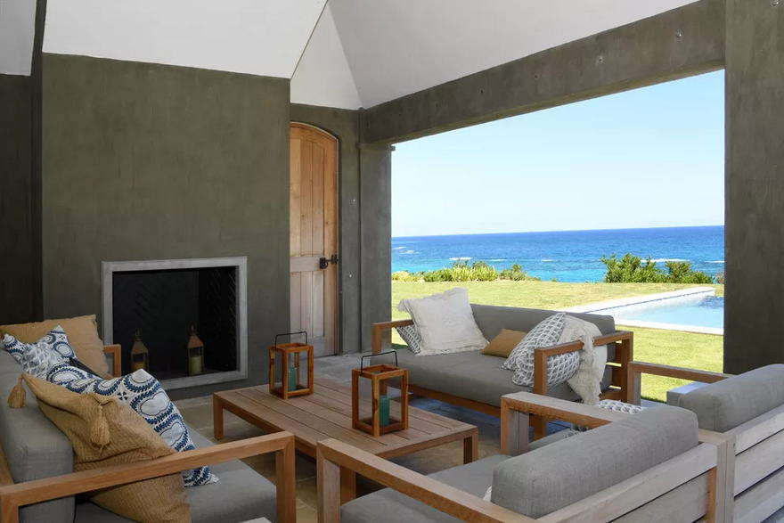 Outdoor Living Space (26)