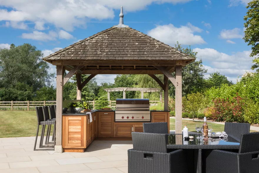 Outdoor Living Space (37)