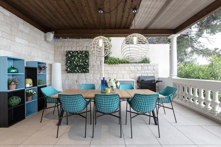 Outdoor Living Space (44)