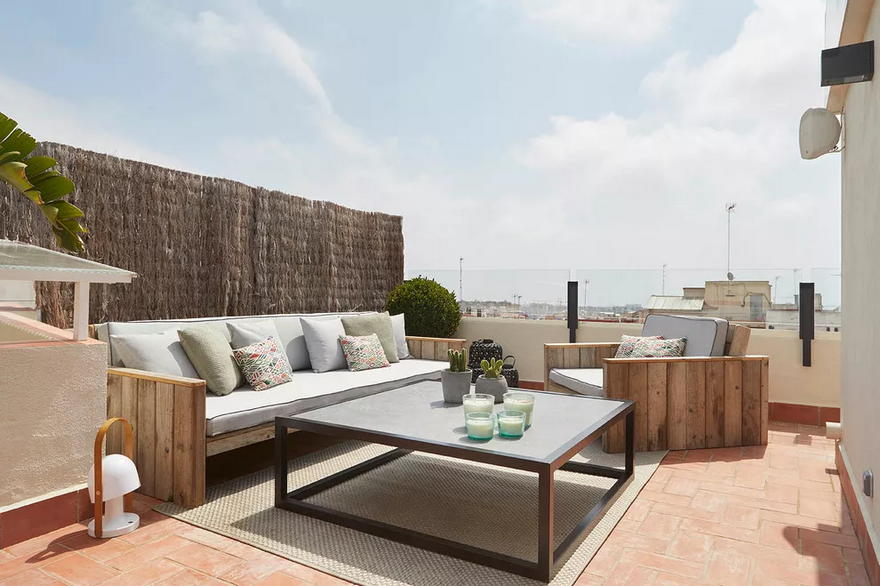 Outdoor Living Space (46)