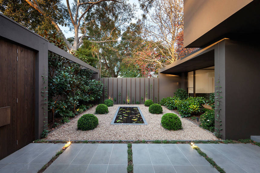 Contemporary Landscaping Ideas (31)