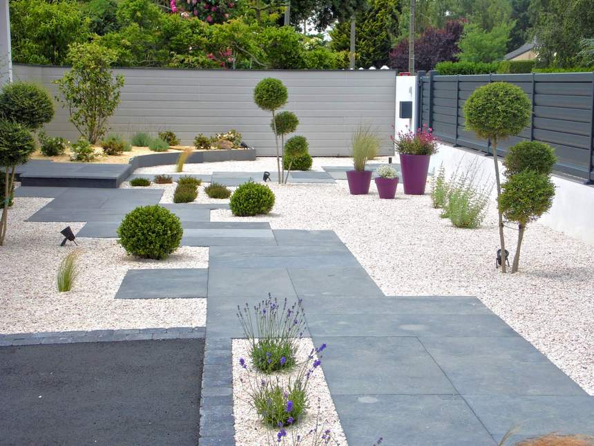 Contemporary Landscaping Ideas (33)