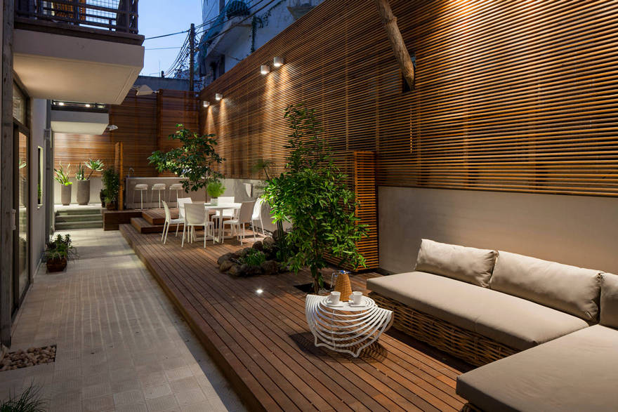 Contemporary Side Yard (14)