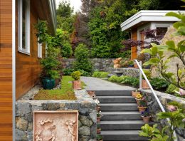 Contemporary Side Yard Designs and Landscaping Ideas