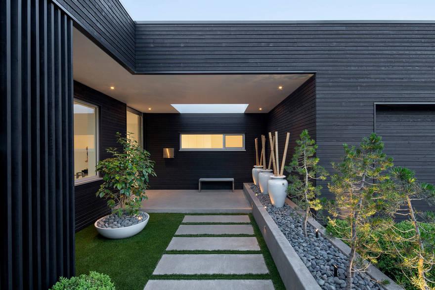 Modern Outdoor Patio (6)