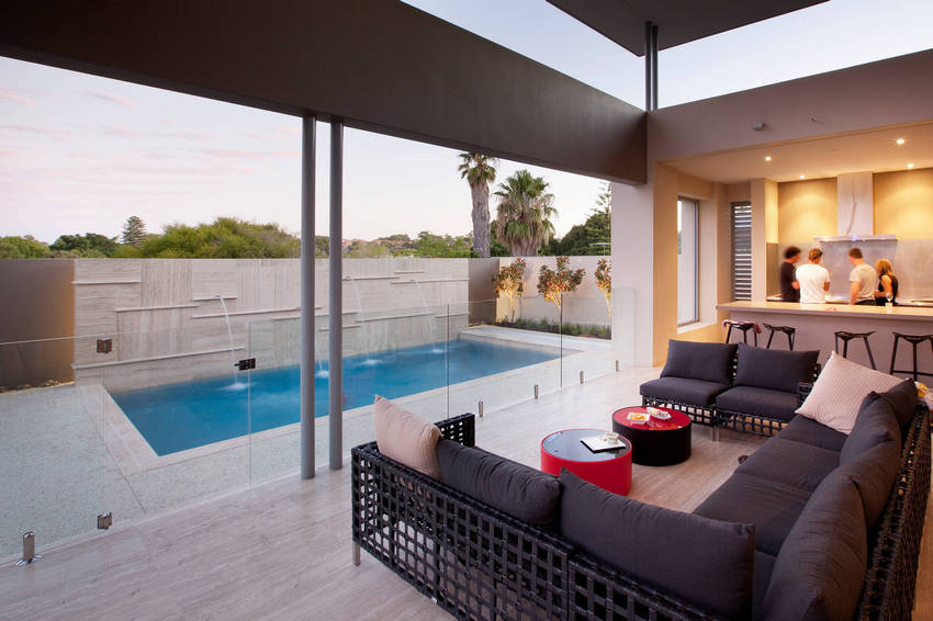 Outdoor Patio Living Spaces (25)