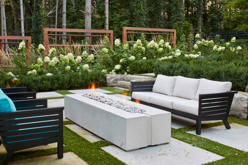 Outdoor Patio Living Spaces (46)
