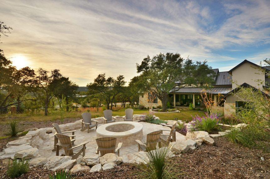 farmhouse patio ideas (15)
