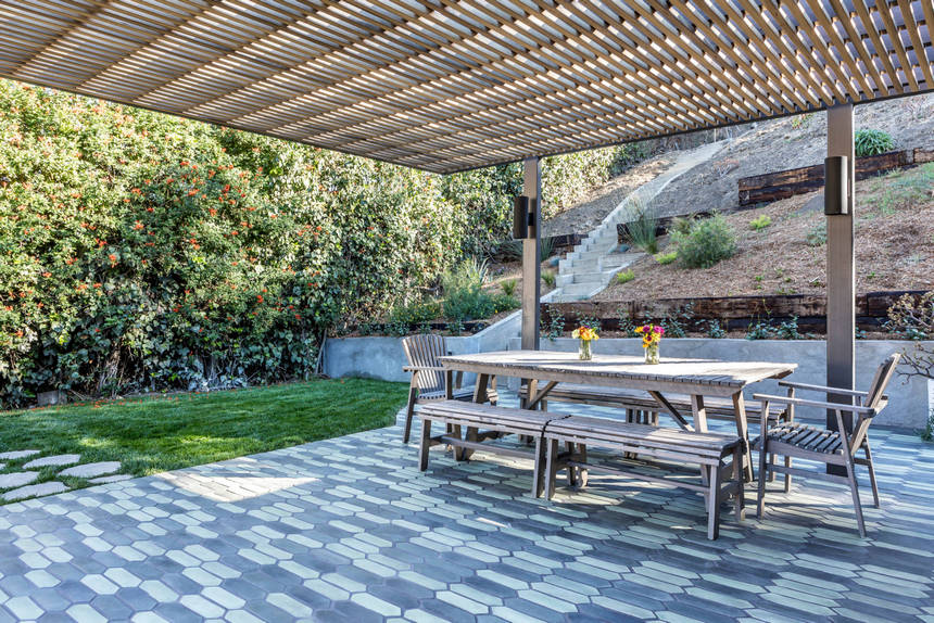 farmhouse patio ideas (41)
