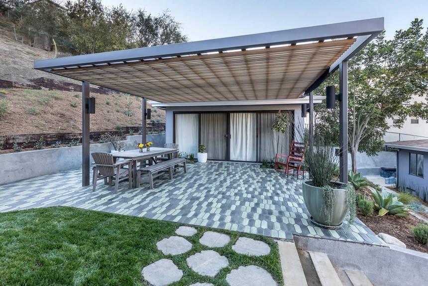 farmhouse patio ideas (42)