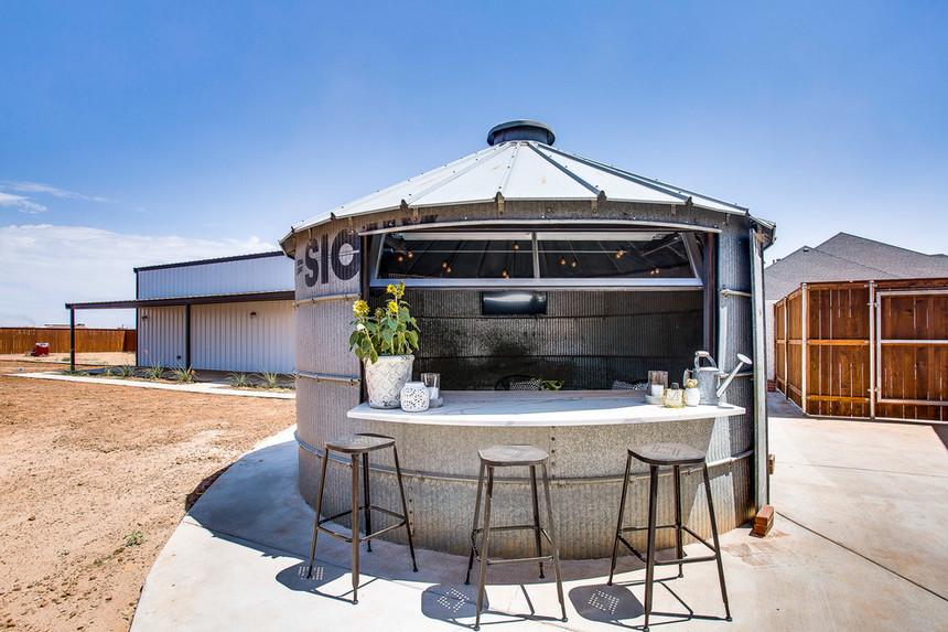 farmhouse patio ideas (44)