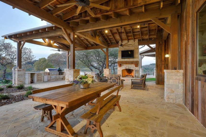 farmhouse patio ideas (8)