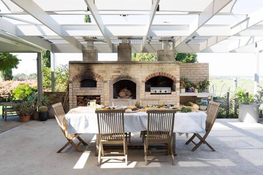 farmhouse patio ideas (9)