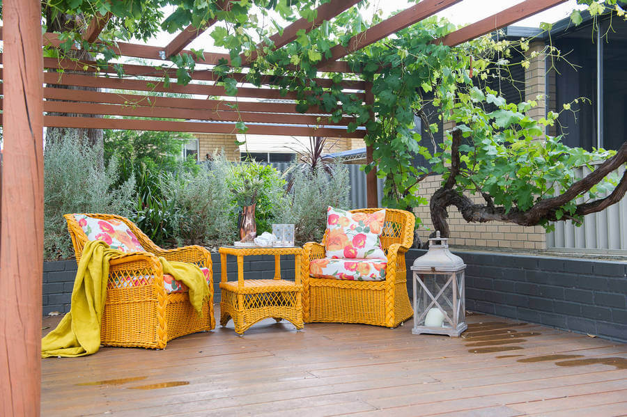 Contemporary Outdoor Patio (10)