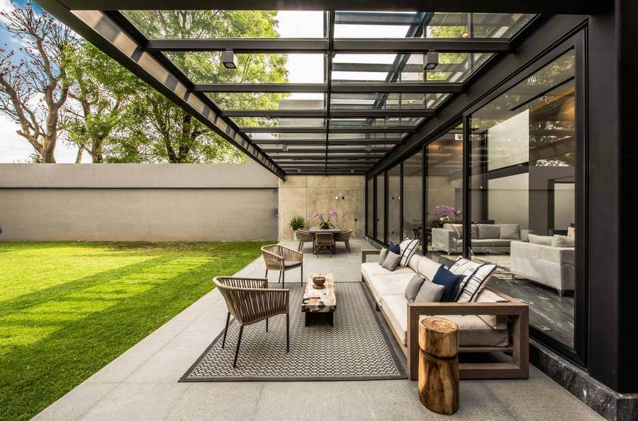 Contemporary Outdoor Patio (11)
