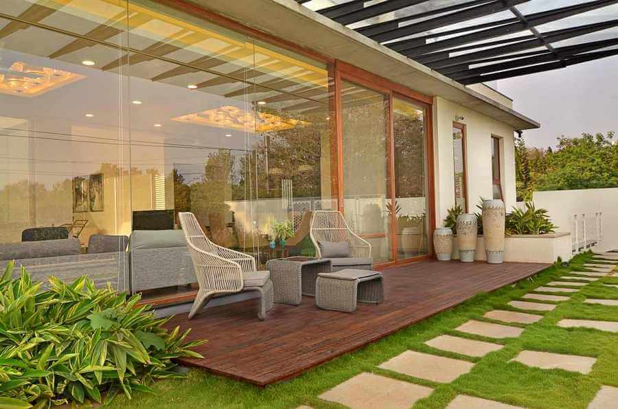 Contemporary Outdoor Patio (17)