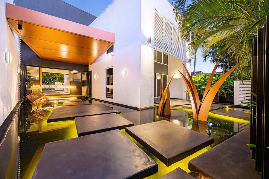 Contemporary Outdoor Patio (20)